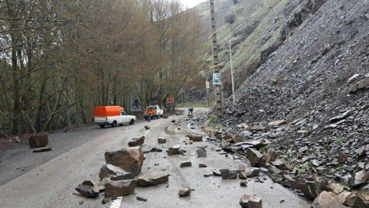 یک جاده دیگر در شمال مسدود شد