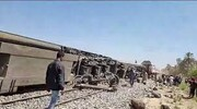 واژگونی قطار در مصر/ ۱۱۷ نفر کشته و زخمی شدند