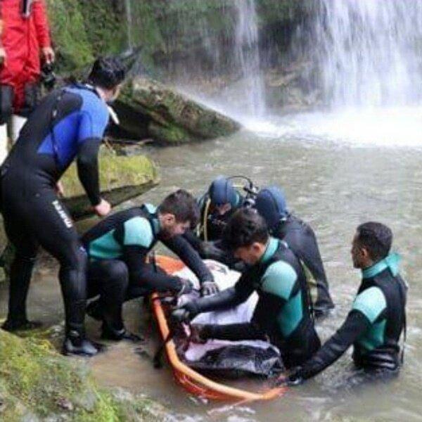 کشف جسد بیجان جوان ۲۵ ساله تهرانی از زیر آب