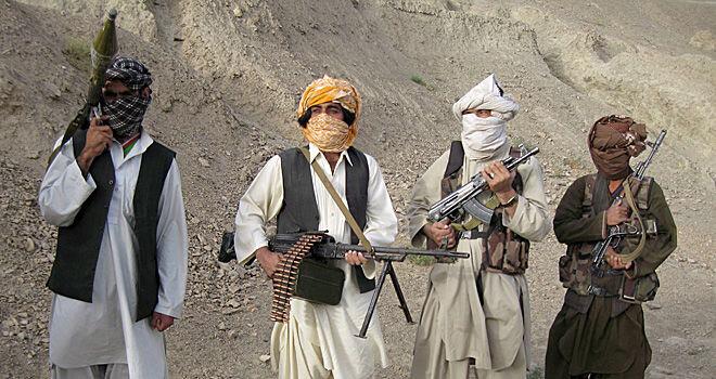 حمله طالبان به هلمند ۱۱ کشته برجای گذاشت