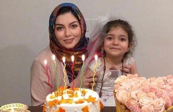 آخرین ویدئوی آزاده نامداری همراه با دخترش / فیلم