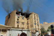 حریق مجتمع مسکونی در اهواز به دلیل انفجار گاز شهری / فیلم