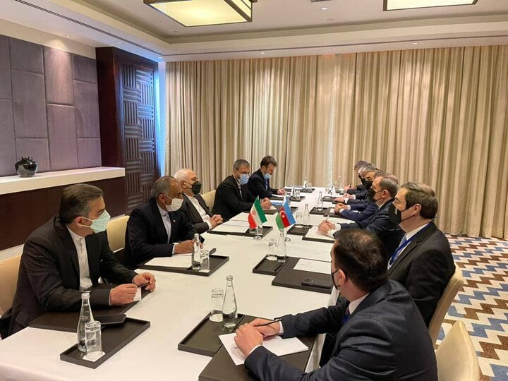 دیدار ظریف با وزیر امور خارجه جمهوری آذربایجان