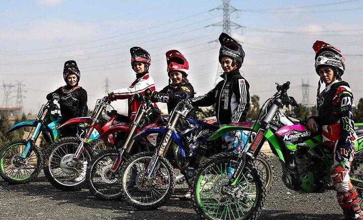زنان موتور سوار در مشهد / تصاویر