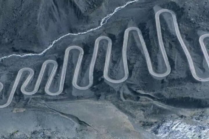عجیبترین و طولانیترین جاده زیگزاگی جهان / فیلم