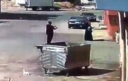 سرقت وحشتناک سارق از زن جوان در مقابل فرزندش / فیلم