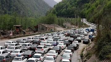 آخرین وضعیت ترافیکی محورهای شمالی | ترافیک سنگین در محور چالوس و تردد روان در محورهای فیروزکوه و هراز