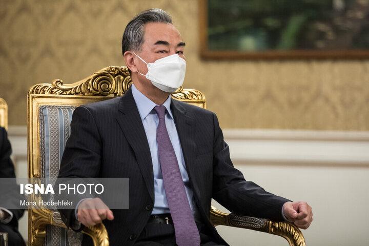 اظهارات وزیر خارجه چین درباره نتایج سفرش به شش کشور | آمادگی چین برای کمک به برقراری صلح و پیشرفت در خاورمیانه
