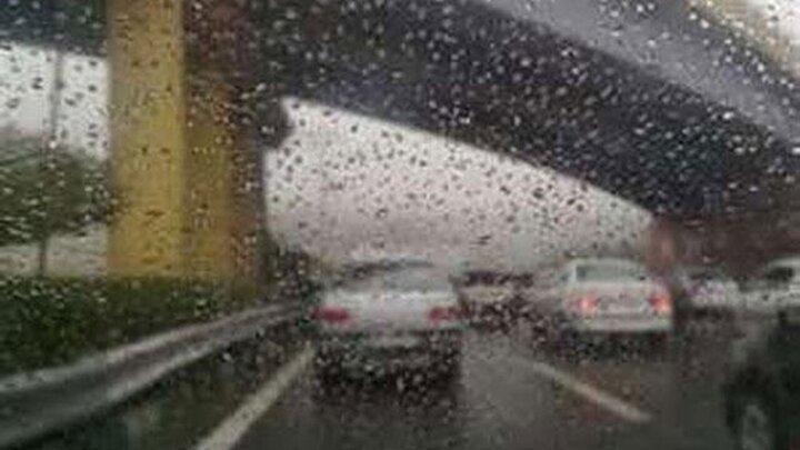 بینیازی از برف پاککن با شیشههای ضد آب اتومبیل / فیلم