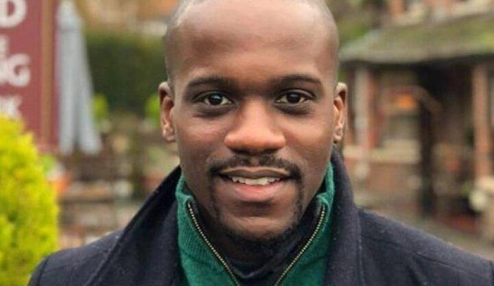 تنها مشاور ارشد سیاه پوست دولت انگلیس استعفا داد