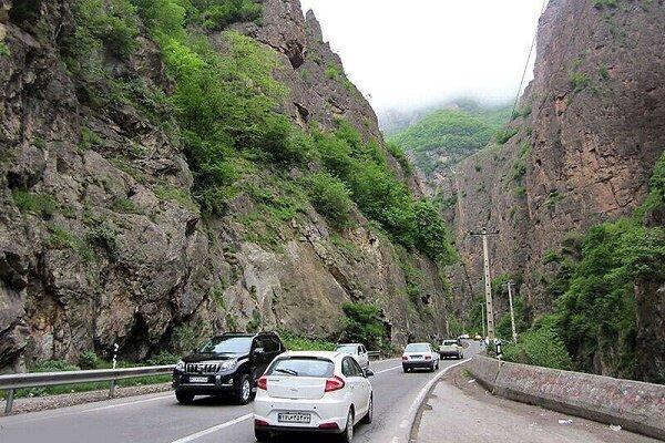 تردد بیش از دو میلیون خودرو در محورهای گیلان در نوروز ۱۴۰۰