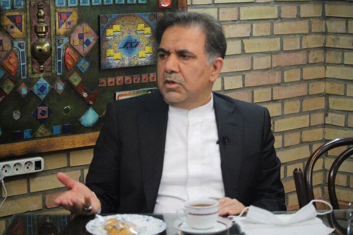 دولت احمدی نژاد ۱۰۰ درصد نظامی بود / اگر روند سال ۹۲ ادامه پیدا می کرد، الان قحطی تمام ایران را فراگرفته بود