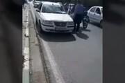تصادف وحشتناک خودروی سمند و گاومیش در اهواز / فیلم