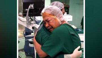 خوشحالی مرد فیلیپینی پس از دیدن دوباره دنیا / فیلم