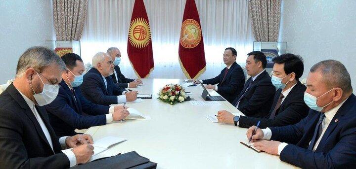 دیدار ظریف با رییسجمهور قرقیزستان