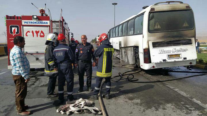 آتش گرفتن اتوبوس مسافربری در اصفهان