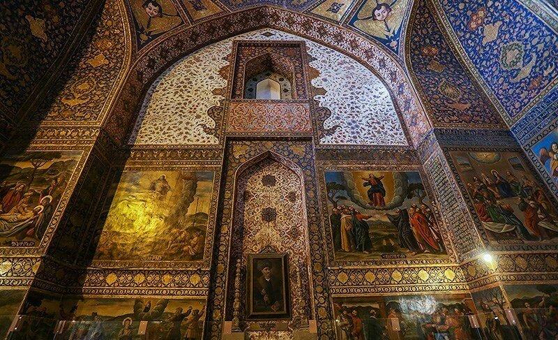 گزارش تصویری از کلیسای بیت لِحِم در اصفهان