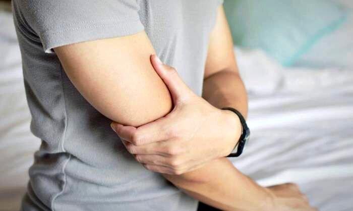 علت بی حس شدن دست و پا درخواب چیست؟