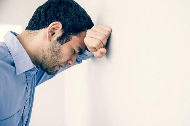 علائم اختلال اضطرابی؛ از درد قفسه سینه تا تپش قلب
