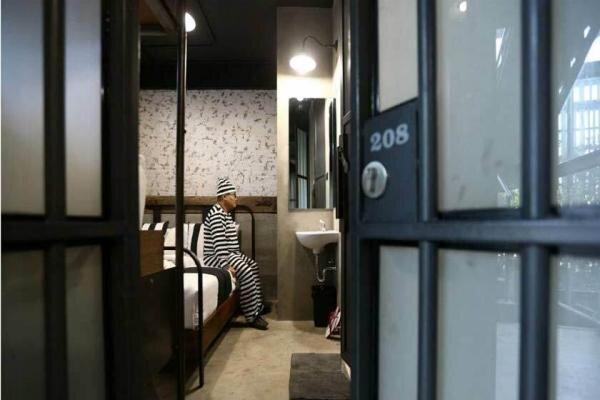 معرفی هتلهای عجیب و شگفتانگیز جهان / تصاویر