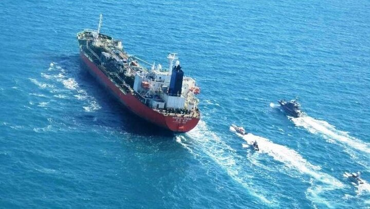 ایران نفتکش کره جنوبی را آزاد کرد
