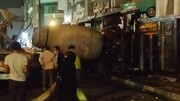 حادثه هولناک ورود میکسر بتن به یک ساختمان در تهران/ تصاویر