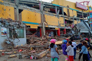 سونامی و جاری شدن سیل بعد از زلزله ۶ ریشتری در اندونزی/ فیلم