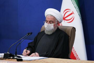 روحانی در پیامی درگذشت مادر شهیدان ضعیفتن را تسلیت گفت