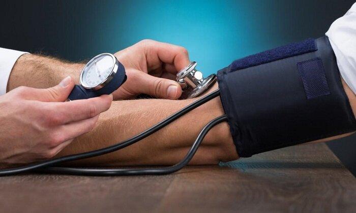 بایدها و نبایدهای خوراکی برای فشار خون بالا | خطرات بالا بودن فشار خون