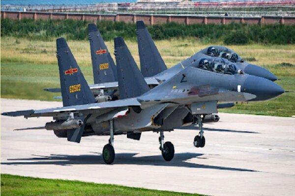 ۲۵ جنگنده ارتش چین وارد خاک تایوان شدند