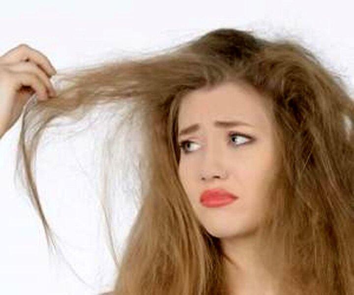 صاف کردن موهای وزوزی با روشهای طبیعی