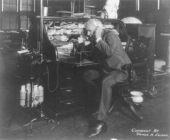 ادیسون؛ بزرگترین مخترع تاریخ یا یک دزد و تبهکار؟