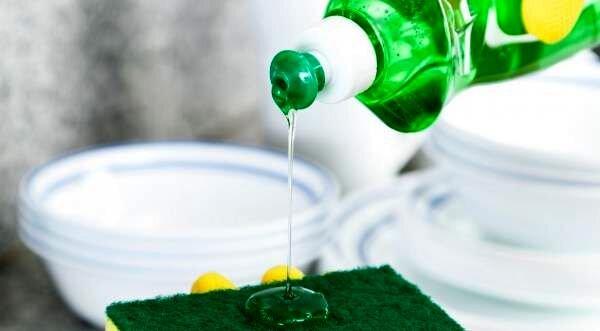 کاربردهای فراوان مایع ظرفشویی که از آن بی اطلاعید