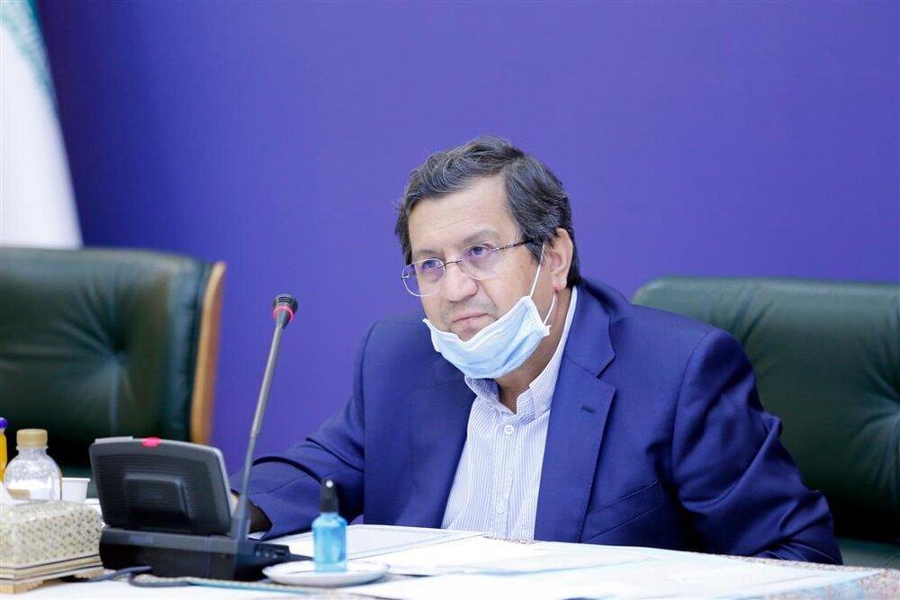 همتی: بانک مرکزی به دولت بدهکار نیست