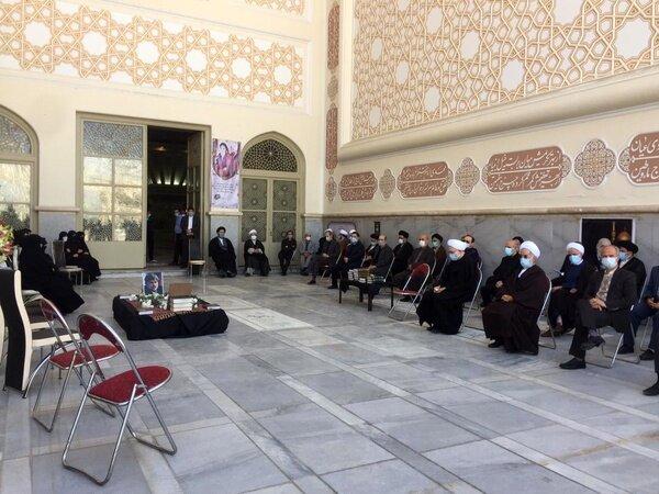برگزاری مراسم تشییع پیکر سیدمرتضی طباطبایی در حرم امام (ره)