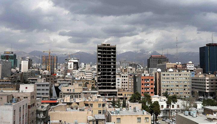 بانک مرکزی آمار غلط میدهد؛ خانه در تهران ۱۰ تا ۱۵ درصد ارزان شده است