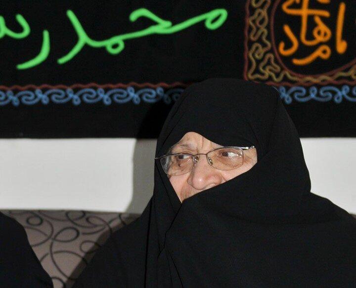 همسر شهید نواب صفوی دارفانی را وداع گفت