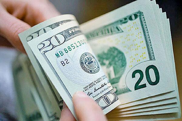کاهش قیمت دلار در بازار/ قیمت دلار و یورو ۲۹ فروردین ۱۴۰۰
