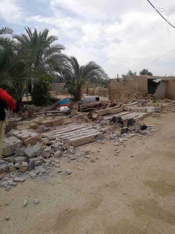 تخریب خانههای مسکونی در روستاهای گناوه / تصاویر