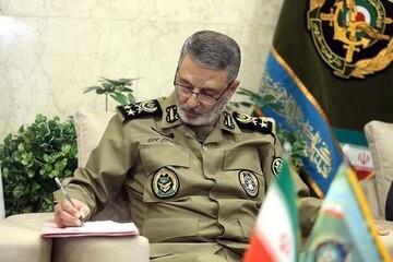 ارتش تحت رهبریهای مدبرانه فرمانده کل قوا برای انجام هرگونه ماموریت آمادگی دارد