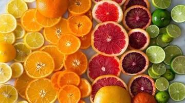 فواید و مضرات مصرف مرکبات | در روز چقدر باید میوه بخوریم؟