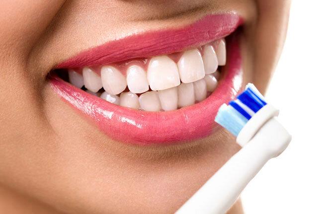 اصلیترین دلایل بوی بد دهان چیست؟ + جزئیات