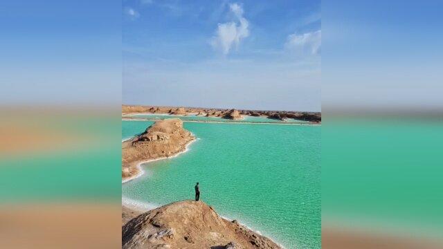 دریاچهای زیبا در دل کویر! / فیلم