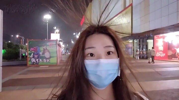 چهارراهی در چین که موی سر افراد را سیخ میکند / فیلم