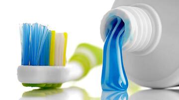 آیا خمیردندان برای درمان جوش صورت مفید است؟
