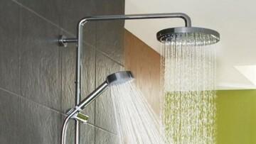 آیا شستن صورت زیر دوش حمام خطرناک است؟