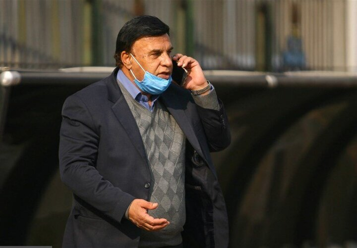 تصویری از پرویز مظلومی زمانی که بازیکن تراکتور بود / عکس