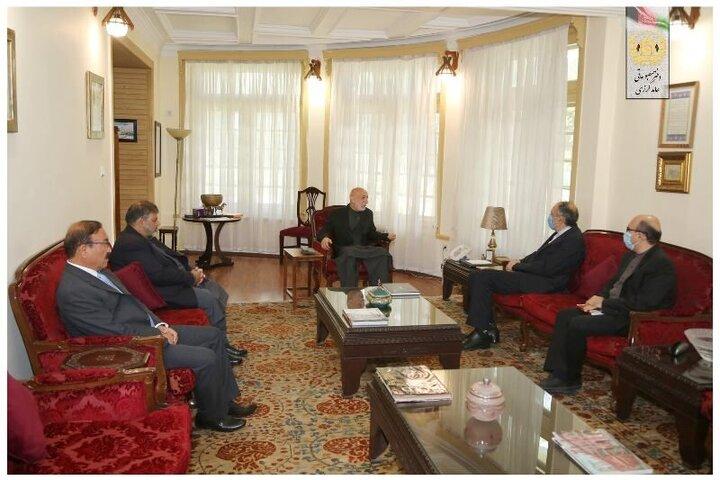 دیدار حامد کرزی با سفیر ایران در افغانستان