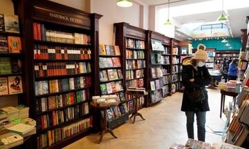 کرونا، آمار فروش کتاب در بریتانیا را افزایش داد