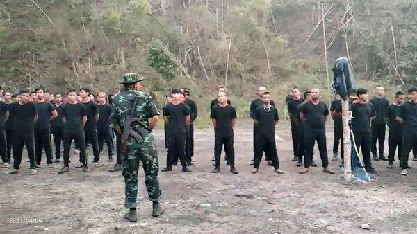 گروه مخالف کودتا، کنترل پایگاه وابسته به ارتش میانمار را در دست گرفت